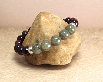 Mens Labradorite and Garnet Stretch Bracelet - Deflect Negative Energy Root Chakra Grounding Balancing - Reiki Infused Stone Jewelry