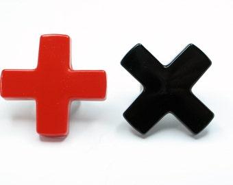 Black cross resin ring, resin jewelry. Black X. Modern jewelry. geometric. chunky resin. mathematics, maths