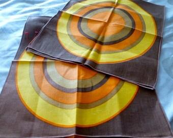 Set of 4 MCM Target Circle Napkins