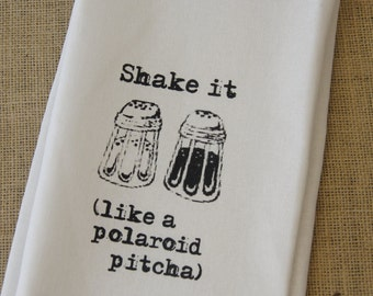 Shake it like a polaroid pitcha Tea towel