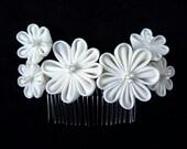 Ivory white flower vintage kimono fabric Kanzashi hair comb - wedding bridal hair accessory