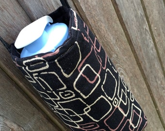 Water Bottle Carrier/Sling (Adjustable Strap) Black & Tan Lonni Rossi Squares Fabric, insulated