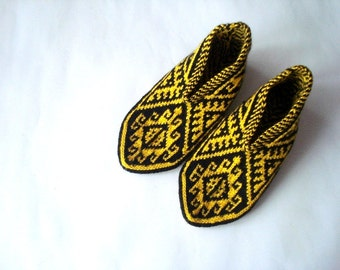 knit slippers, womens slippers home shoes flats Turkish Socks Slippers, crochet slippers, black and yellow house shoes, gifts for women
