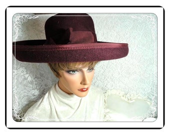 Wide Brimmed Hat -  Purple Vintage Hat - Wool Felt   -   H-15e -040313000