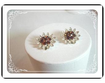 Lisner Clip-Back Earrings - Daisy Flower Earrings w Vintage Amber Rhinestones E115a-04081200