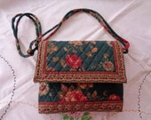 Vintage 1980s Vera Bradley Retired Greenbriar Pattern Purse Floral Print Red and Green Roses Fabric Shoulder Bag Collectible  Accessory