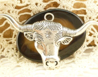 Antiqued Silver Longhorn Bull's Head Pendant (2)