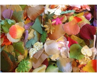 1 ouce flower petal leaves-Mix of mostly fabric leaves and some flower petals