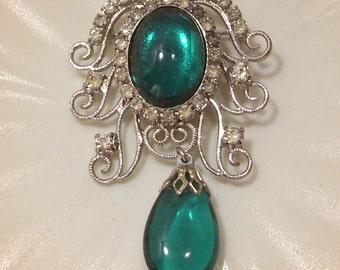 Silver Filigree and Rhinestone Brooch With Green Cabochon and Drop