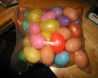 SALE - Plastic Colored Easter Eggs - Vintage New - Lot of 35