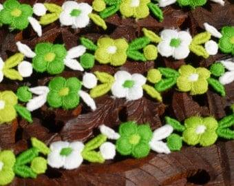 Lace Blowout Sale Bright Lime Green Vintage 1970 Flower Edged Ribbon Trim