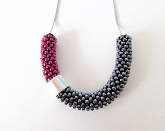 Crochet Rope Necklace // Christmas Gift // Beaded Necklace // Minimalist jewelry // Everyday Jewel // Color Block Jewelry