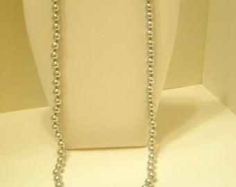 "Vintage 28"" Silver Tone Metal Bead Necklace (8959**) 7mm-8mm"