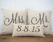 Mr. & Mrs. Custom Pillow Cover with Wedding Date --100% Linen Pillow-- Wedding Decor -- Wedding Gift -- Personalized Pillow- shabby chic