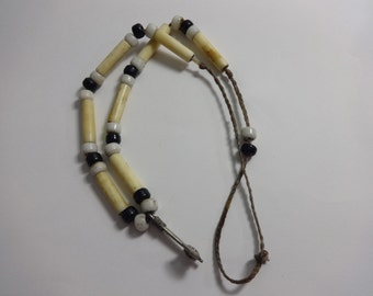 Old Pawn Santo Domingo Tommyhawk Pendant Hand Made Bone Bead Hand Made Glass Bead Necklace Choker