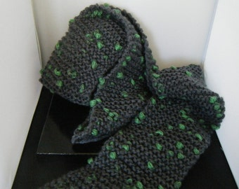 Extra Long Scarf Grey With Green Spots