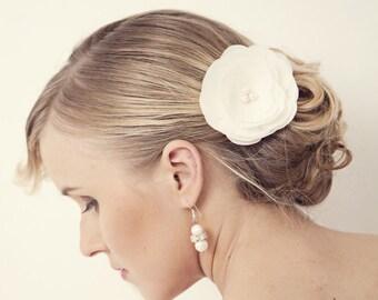 Wedding Hair Accessory, Ivory Wedding Hair Flowers, Wedding Hair Piece, Bridal Hair Accessories, Bridesmaids Hair, Silk hair flower