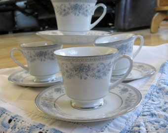 Noritake Blue Hill Tecup/Saucer sets 4 sets (teacup + saucer) are available  Very good