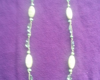 Hand Knotted Green Beaded necklace