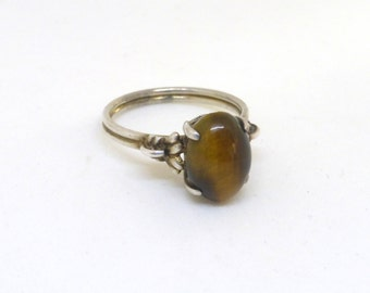 Vintage Sterling Silver Art Deco Style Oval Tiger's Eye Solitaire Ring
