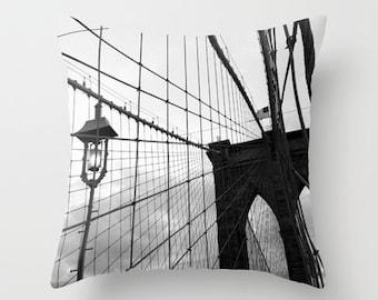 Throw Pillow - Brooklyn Love - NYC - Black & White -  New York City - Architecture - Bridge - Pillow Cover Home Decor - 16x16 18x18 20x20
