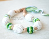 Nursing necklace / Teething necklace / Babywearing necklace with ring/ Green cream nursing necklace/ Breastfeeding baby
