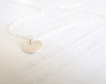 Disc necklace, silver necklace, dainty simple silver necklace, everyday necklace, minimalist jewelry