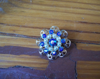 Vintage Blue and White Brooch Pin