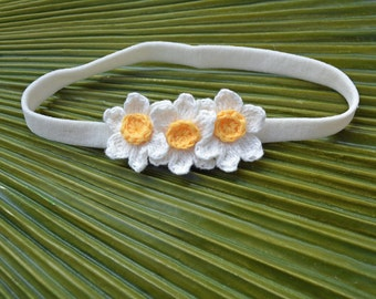 Trio De Crochet Daffodil Headband // Stretchy Soft Infant Headband // Newborn Photo Prop