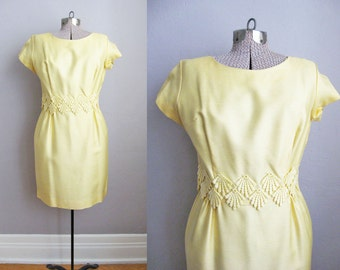 1960s Yellow Dress / 60s Wiggle Dress / 1960s Dress / Embroidered Crocheted Belt / Small Medium