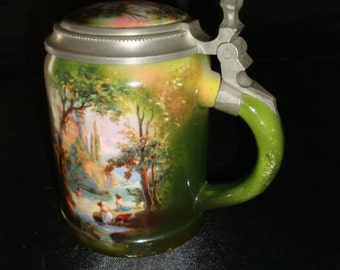 Beautifully detailed Antique Royal Bayrueth Beer Stein