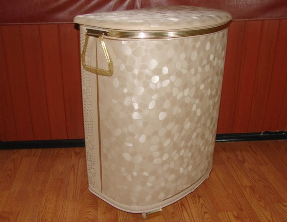 Pearl-Wick Tan Laundry Hamper Vinyl And Wicker With Lucite
