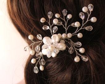 Bridal Pearls Comb, Crystal Hair Fascinator, Pearl Comb, Wedding Hair Jewelry, Wedding Accessories