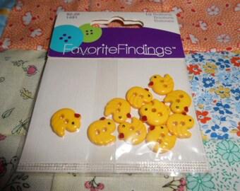 Little Chick Plastic Buttons-