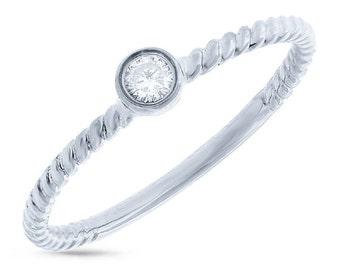 Beautiful Gold Diamond Ring BXSC22003801