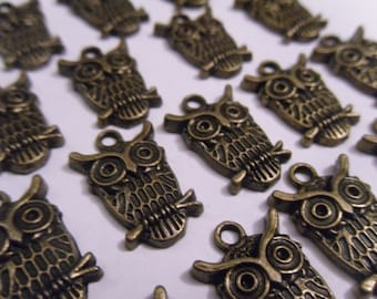 10 Owl on a Branch Bronze Charms Pendants 23x15mm    -A4B3-3