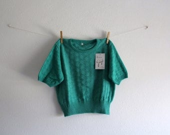 SALE 50 OFF Vintage Crop Top Green Shirt Cotton Top Womens Clothing Spring Summer 1980s Size M/L New Old Stock