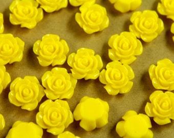 20 pc. Yellow Glossy Crisp Petal Rose Cabochon 14mm | RES-396