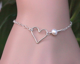 Sterling silver Heart Bracelet,Heart and Pearl Bracelet,Open Heart Bracelet,Love Bracelet.Silver Heart bracelet,layering bracelet.Valentine