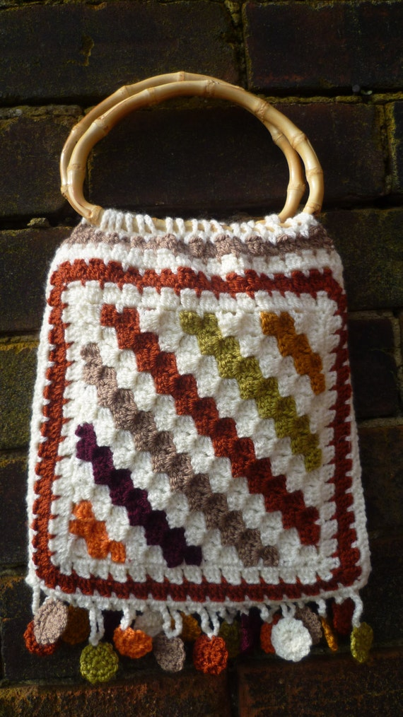 Crochet Bag Bamboo Handles Pattern : Crochet Bag with bamboo handles and fringe