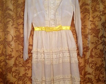 Vintage dress Vicky Vaughn vintage Junior linen dress size girls 12 adult size 2 in pristine condition