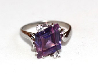 Vintage unique tanzanite and diamond ring set in 10k solid white gold