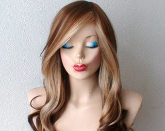 Brown/ blonde wig. Long curly hair Long side bangs fashion hairstyle wig for daytime use or Cosplay.