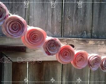 Paper Flower Garland. Pink garland. Blush garland. Wedding Garland paper flowers. Blush wedding. Baby shower. Nursery decoc. Pink flowers.