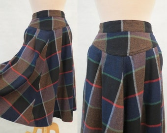 Woollen Plaid, Tartan Skirt - 1970s