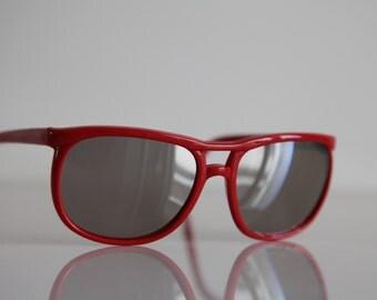 Vintage 90s  Red Frame,  Mirror  lenses.