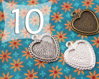 18 mm Heart Pendant Tray Blank Silver, Antique Silver, Antique Bronze for Clear Glass or Resin
