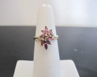 Lovely Amethyst Flower 10k Gold Ring
