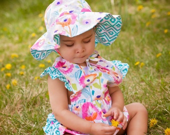 Girls adorable summer ruffle bottom romper - Girls romper - Girls sun suit - Summer outfit - beach outfit -1st  Birthday outfit