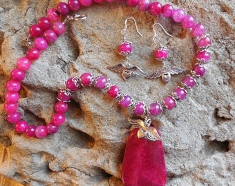 Fuchsia dragon angel agate handmade necklace and earrings